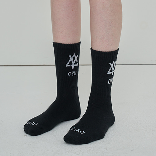 [OY] TRIANGLE LOGO SOCKS - BK