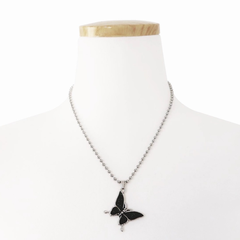 [TWENTYONEAUGUST]TEMPERATURE BUTTERFLY NECKLACE - SILVER