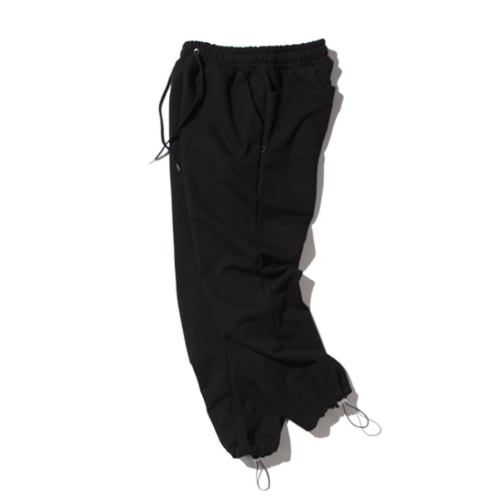 [KRUCHI] Keyring sweat pants (black)