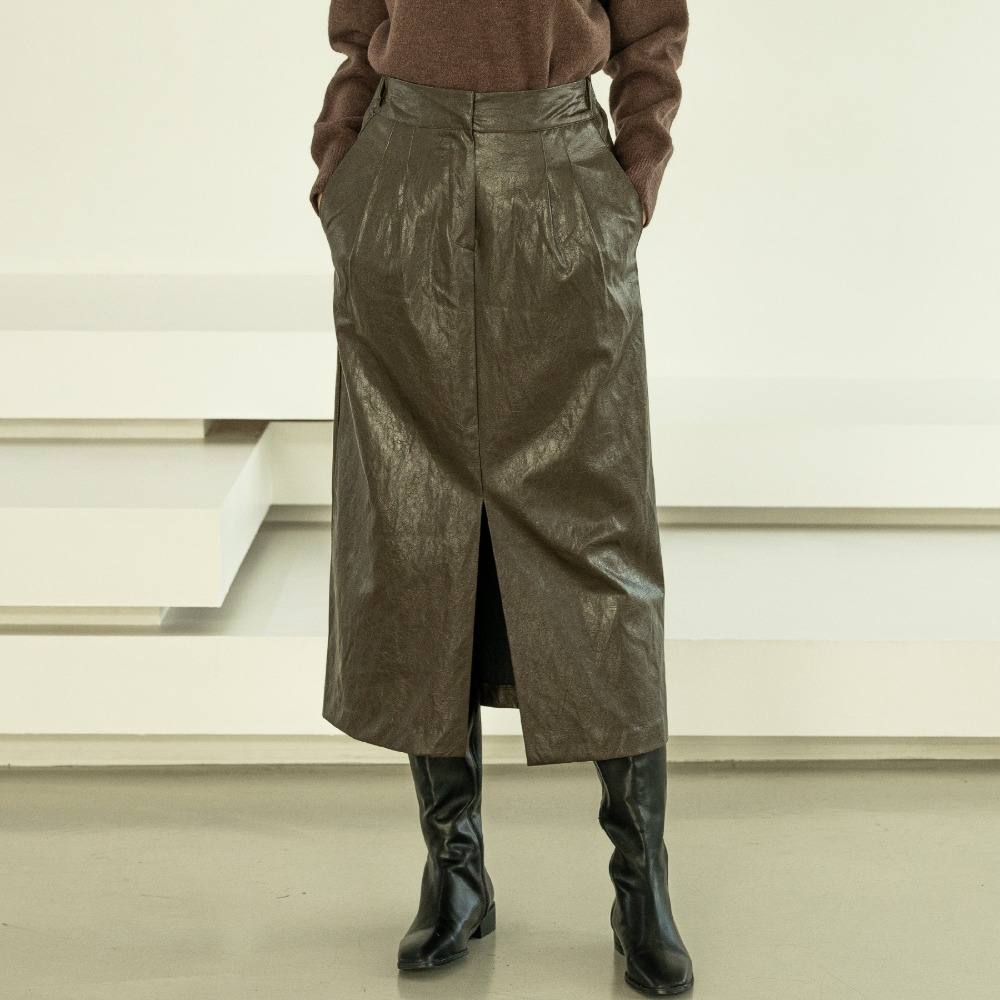 [아더로브]Leather Long Skirt ASK204002-BN