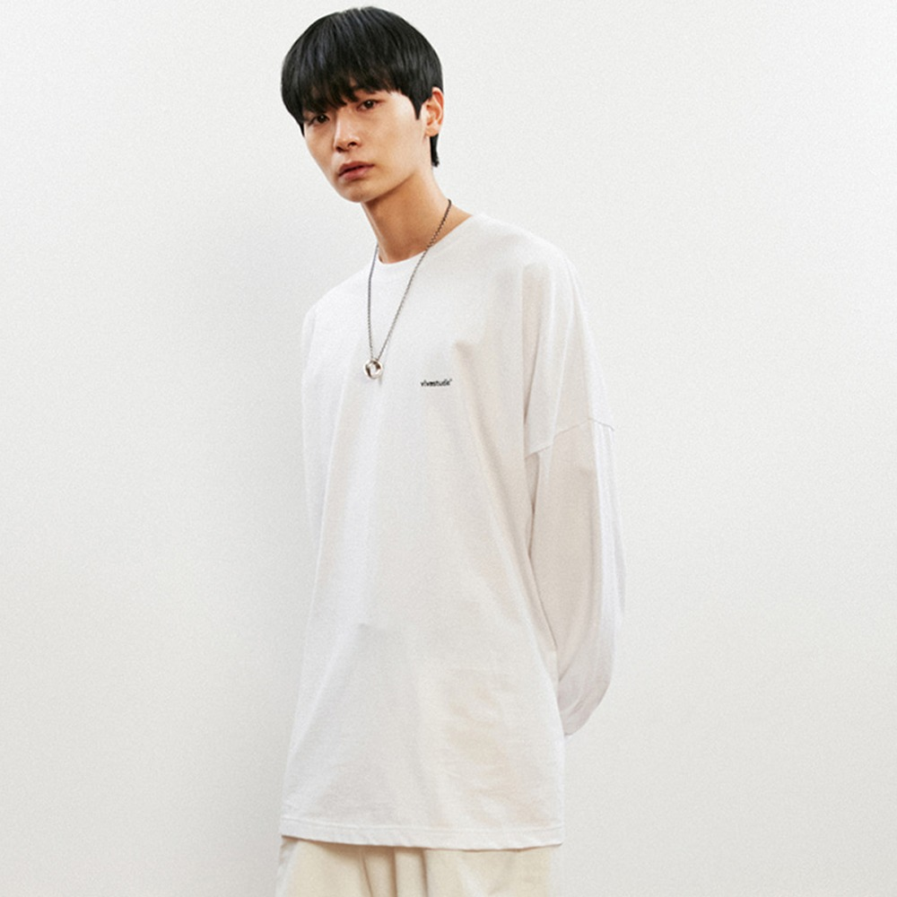 [비바스튜디오] OVER FIT LOGO L/S TEE KS - WHITE