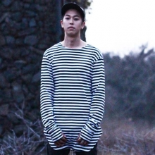 Stripe Sleeve T-Shirt - Black/White