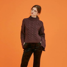 [Another A]  twisted unbalance slit knit top - wine