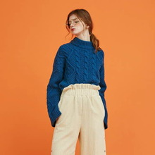 [Another A]  twisted unbalance slit knit top - blue