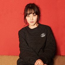 [AROUND80] Quilting Sweat Shirt - Black