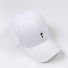 [RUSHOFF] Unisex Cross Pendant BackPoint BallCap - White