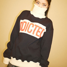 [Double adrenaline syndrome] ADDICTED Turtleneck sweatshirt - Navy
