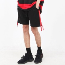 [Nar_Yoke] Side Zipper Line Shorts - Black/Red