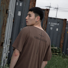 [YORKMINSTER] Name Short Sleeve - Dark Brown