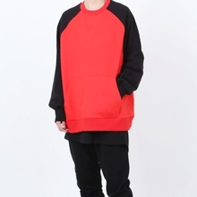 [Nar_Yoke] Overfit Raglan Sweatshirt - Black/Red