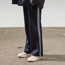 [30%] [ONA] CHECKERBOARD TRACK PANTS