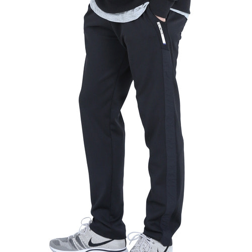 [40% OFF][RENDEZVOUZ] SIDE BLOCK TRACK PANTS - BLACK