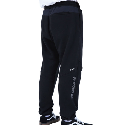 [40% OFF][RENDEZVOUZ] POCKET BLOCK OVERSIZED SWEATPANTS - BLACK