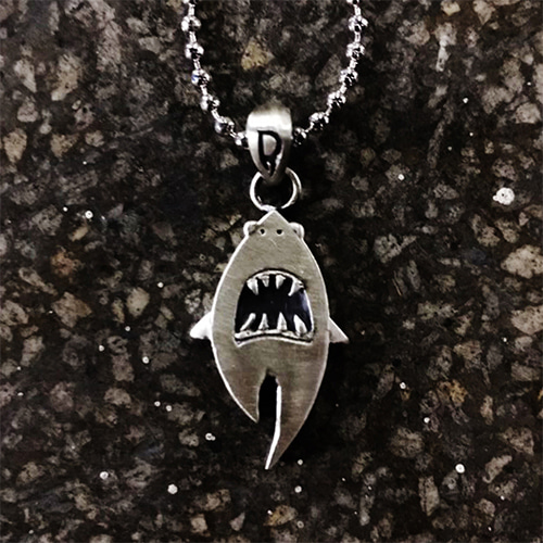 [Divine925] D-tooth Shark Pendant-Silver