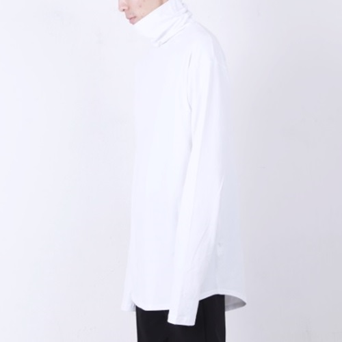 [Nar_Yoke] Overfit Long Sleeve Turtleneck - White