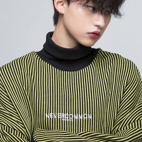 [NEVERCOMMON]  oversized vertical stripe knit (black/yellow)