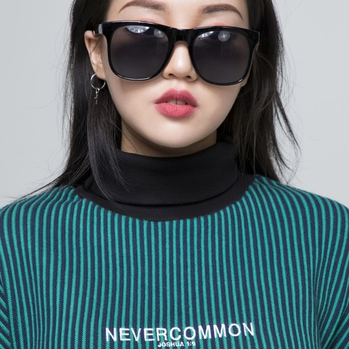 [NEVERCOMMON] oversized vertical stripe knit (navy,green)