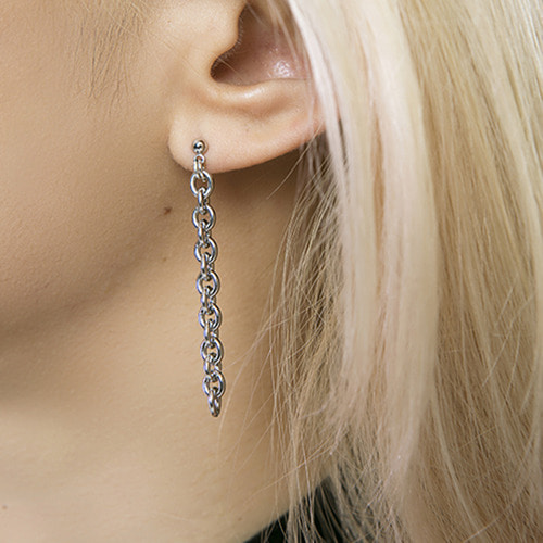[HAWHA] CHAINED UP EARRING