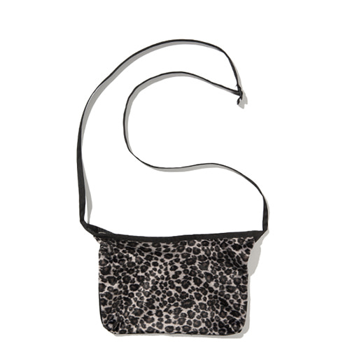 [KRUCHI] Leopard Shoulder bag (gray)