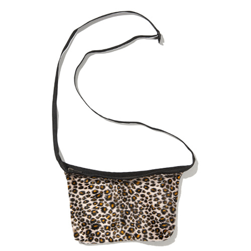 [KRUCHI] Leopard Shoulder bag (Leopard)