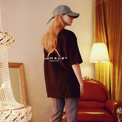 [언아웃핏]UNISEX ANOUT SIGNATURE T-SHIRTS BLACK