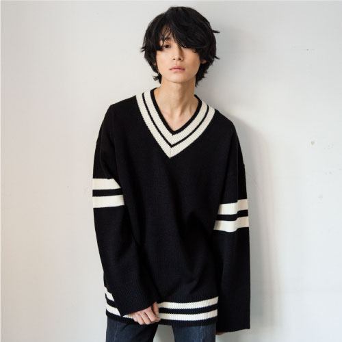 [NOT N NOT]NOT REAL OVERSIZE V-NECK KNIT - BLACK