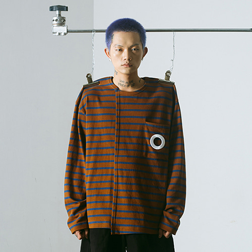 [MUTEMENT]BROWN STRIPE HOLE POCKET T-SHIRTS