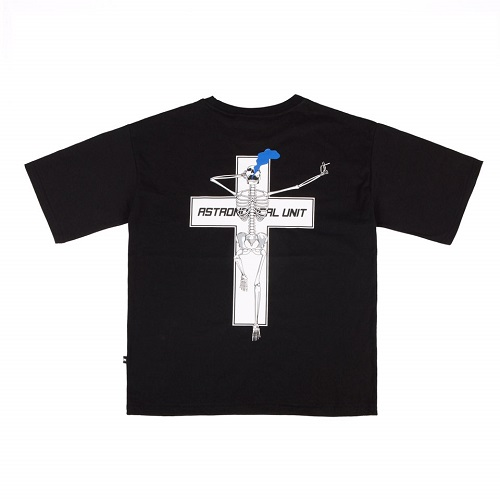[0.387AU] Skeleton-Cross Black T-shirt