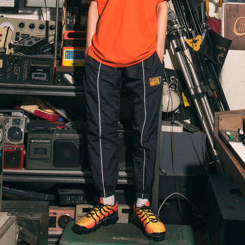 [Realization] Reflective Front Line Jogger Pants [BLACK]