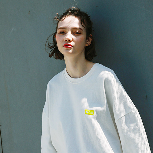 [써치410] (UNISEX) POINT BOX T_WHITE