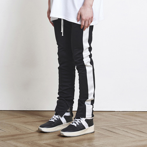 [D.PRIQUE] Track Zipper Pants Black+White (d18sb022)