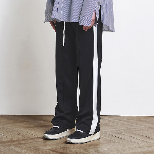 [D.PRIQUE] Track Pants Black+White (d18sb032)