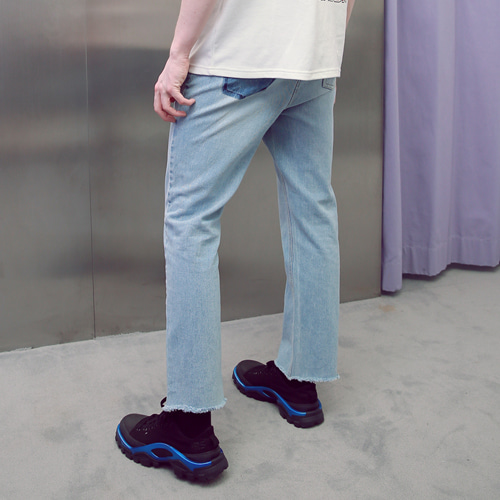 [언아웃핏]UNISEX POCKET CUTTING DENIM PANTS