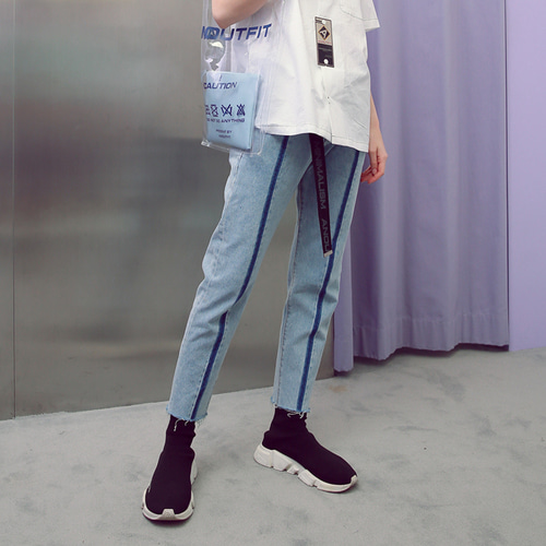 [언아웃핏]UNISEX LINE WASHING DENIM PANTS
