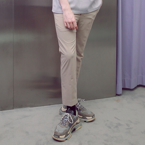 [언아웃핏]UNISEX TAPERED SIDE BANDING SLACKS BEIGE