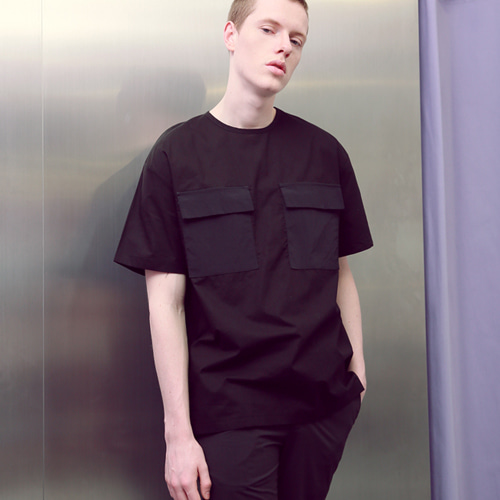 [언아웃핏]UNISEX TWO POCKET ZIPPER T-SHIRTS