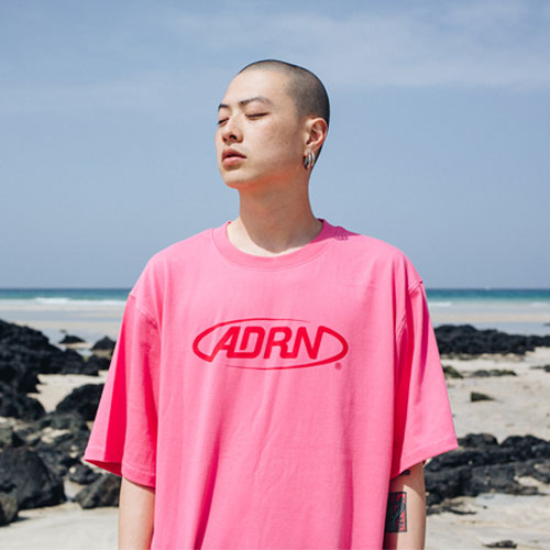 [Double adrenaline syndrome][남녀공용]ADRN LOGO tee - pink