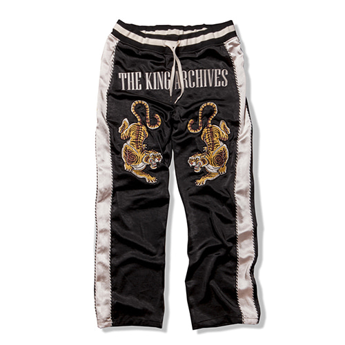 [KING] Sukajan Pants - Black