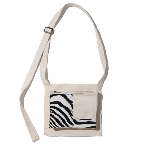 [KRUCHI] Zebra Pocket bag - ivory