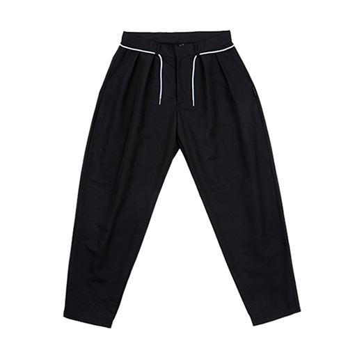 [AJOBYAJO FINK LABEL] Two Tuck Baggy Pants [Black]