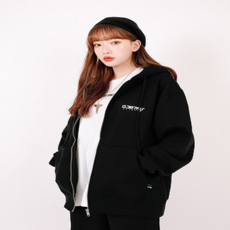 [0.387AU] Logo hood zip-up Black 한정상품
