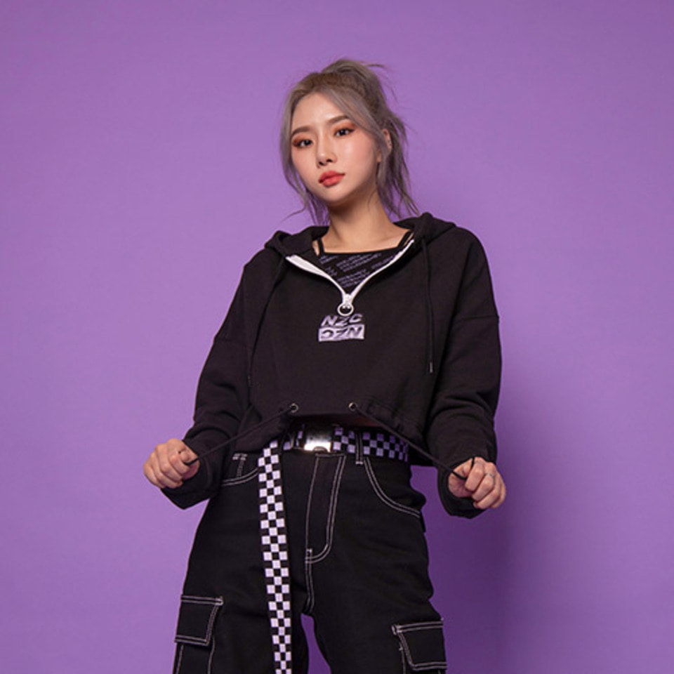 [Noizy Company]CROP ZIP UP HOOD (BLACK)