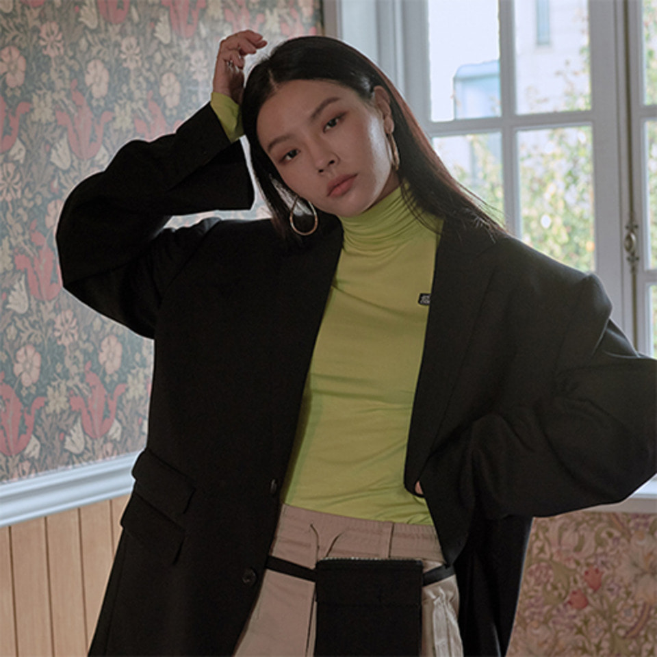 [XYZ] 'ESTD 2000' TURTLENECK - FLUORESCENT GREEN