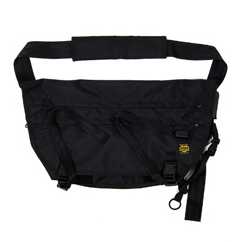 [AGINGCCC] AGINGCCC X STEELWHEELS TECHNICAL MESSENGER BAG