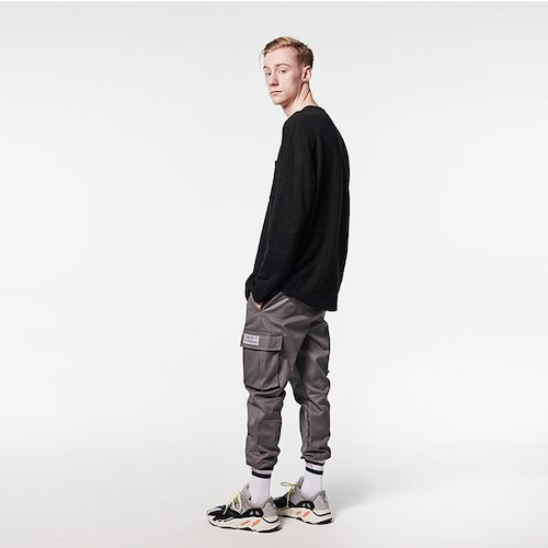 [DEADEND] POCKET LONG SLV- BLACK