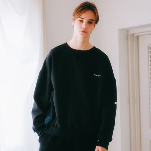 [언아웃핏]UNISEX QUILTING SWEAT SHIRTS BLACK