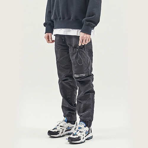 [RENDEZVOUZ] STRING POCKET WARM UP PANTS BLACK