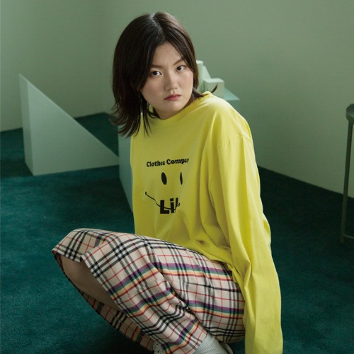 [UNLIKELOOK] SMILE LONG SLEEVE TEE (YELLOW)