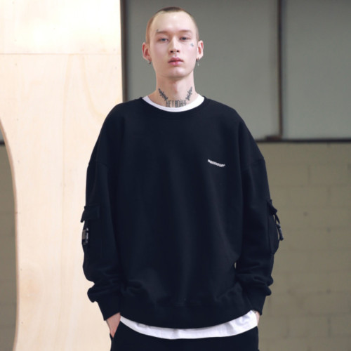 [MASSNOUN] SL LOGO SIDE BUCKLE SWEATSHIRTS MSNCR001-BK