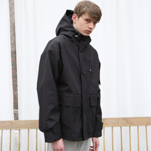 [ANOUTFIT] UNISEX TECH WINDBREAKER BLACK